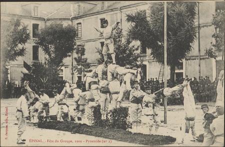 Épinal, Fête du Groupe, 1909, Pyramide