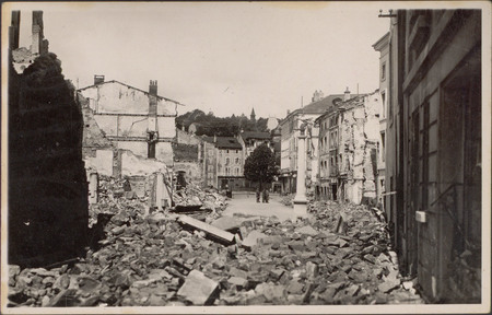 [Épinal, 1940, Ruines de la Rue du Boudiou]