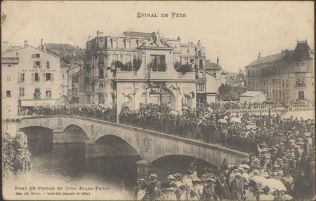 Pont de Pierre et Quai Jules Ferry