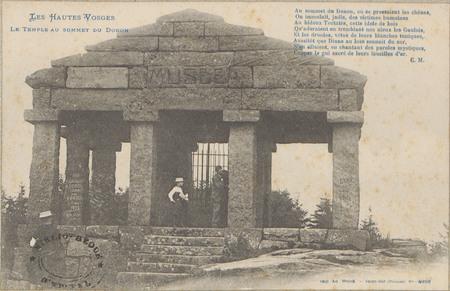 Le Temple au sommet du Donon
