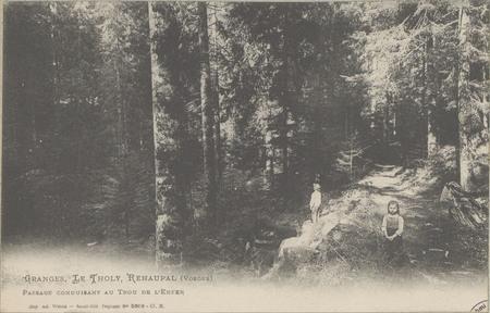 Granges, Le Tholy, Réhaupal (Vosges), Passage conduisant au Trou de l'Enfer