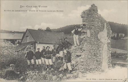 Au Col de Louschpach, Poste de douane dans les ruines