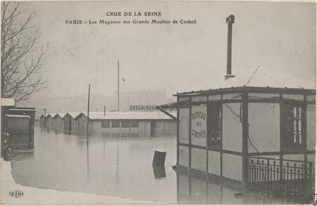 Paris, Les Magasins des Grands Moulins de Corbeil