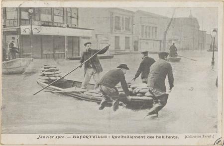 Janvier 1910, Alfortville: Ravitaillement des habitants