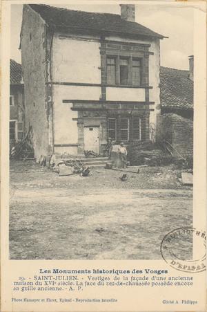 Saint-Julien, Vestige de la façade d'une ancienne maison […]