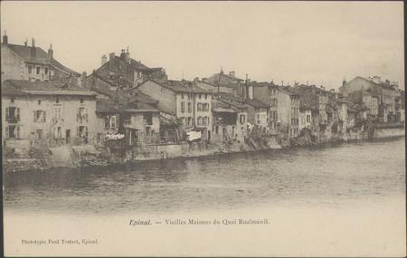 Épinal, Vieilles maisons du quai Rualménil
