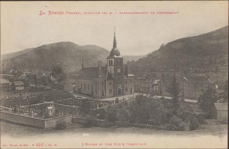 L'Église et une École communale