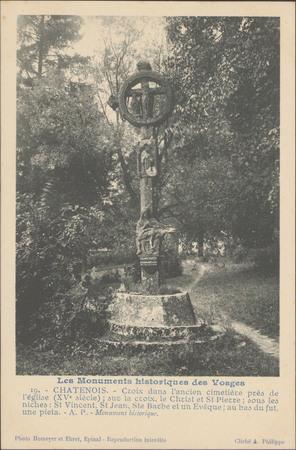 Châtenois, Croix dans l'ancien cimétière […]