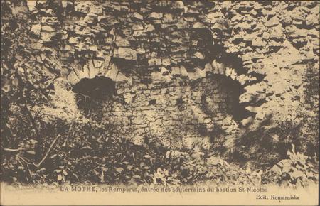 La Mothe, Les Remparts, entrée des souterrains du bastion St-NiColas