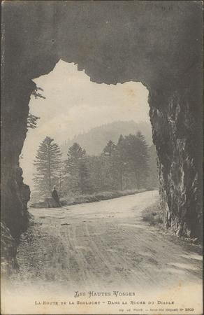 La route de la Schlucht, Dans la Roche du Diable