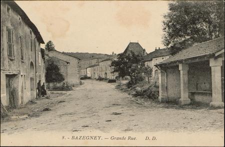 Bazegney, Grande Rue