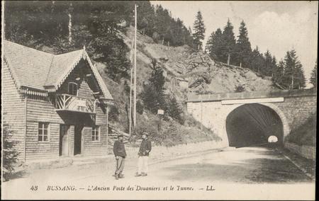 Bussang, L'Ancien poste des douaniers et le tunnel