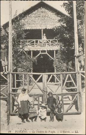 Bussang, Le Théâtre du Peuple, L'Entrée