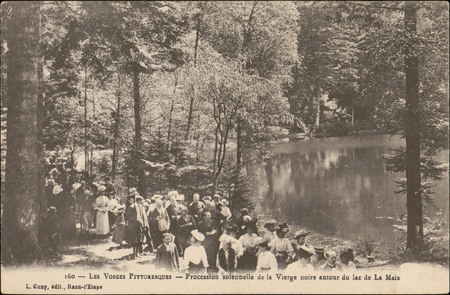Procession solennelle de la Vierge noire autour du lac de La Maix