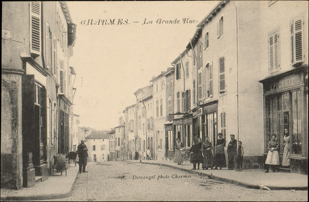 Charmes, La Grande Rue