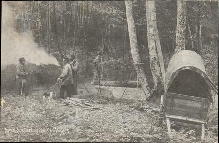 Travail du charbon dans les Vosges