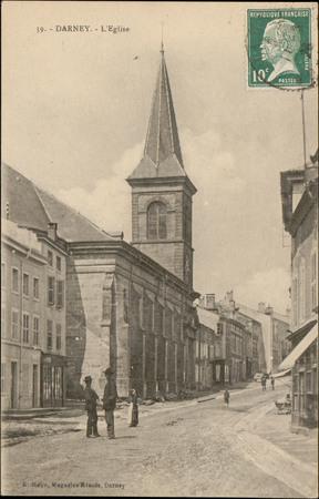 Darney, L'Église