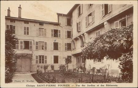 Clinique Saint-Pierre Fourier, Vue des Jardins et des Bâtiments