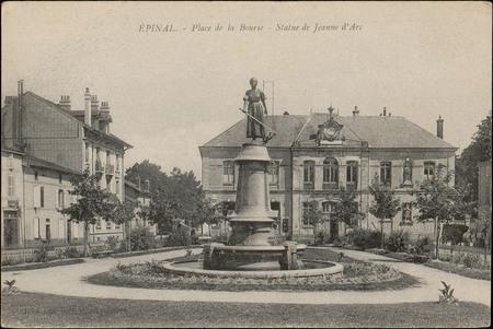Épinal, Place de la Bourse, Statue de Jeanne d'Arc