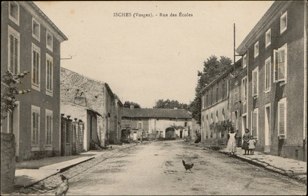 Isches (vosges), Rue des Écoles