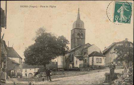 Isches (Vosges), Place de l'Église