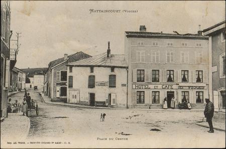 Mattaincourt (Vosges), Place du Centre