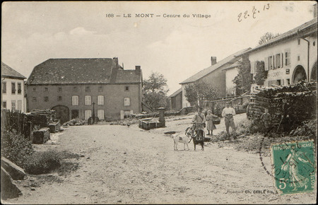 Le Mont, Centre du Village