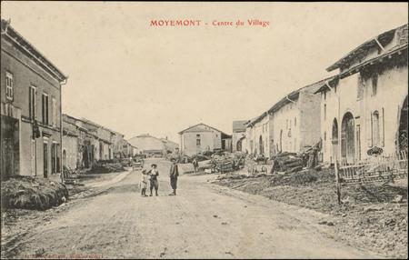 Moyemont, Centre du Village