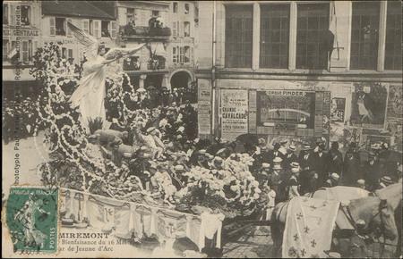Remiremont, [Cavalcade de] Bienfaisance du 16 mai 1909, Char de Jeanne d'A…
