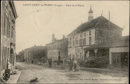 Saint-Ouen-les-Parey (Vosges), Place de la Mairie