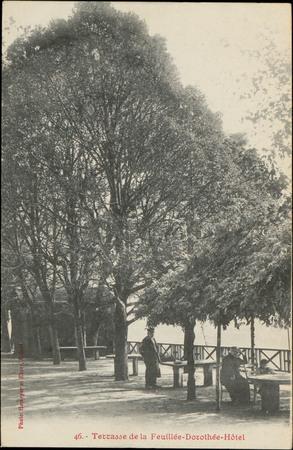 Terrasse de la Feuillée-Dorothée-Hôtel