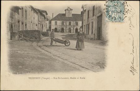 Vicherey (Vosges), Rue St-Laurent, Mairie et École