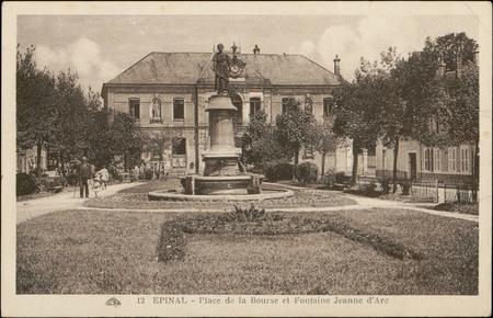 Epinal, Place de la Bourse et Fontaine Jeanne d'Arc
