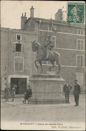 Mirecourt, Statue de Jeanne d'Arc