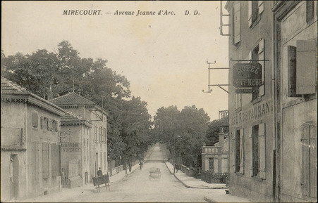 Mirecourt, Avenue Jeanne d'Arc