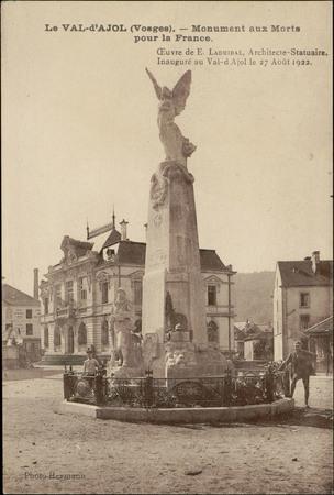 Le Val d'Ajol (Vosges), Monument aux Morts pour la France […]