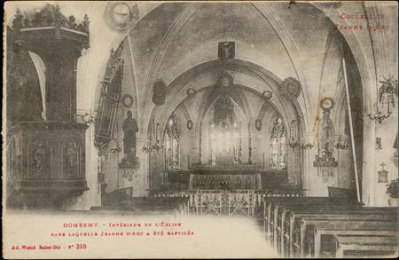 Domrémy, Intérieur de l'Église dans laquelle Jeanne d'Arc a été baptisée