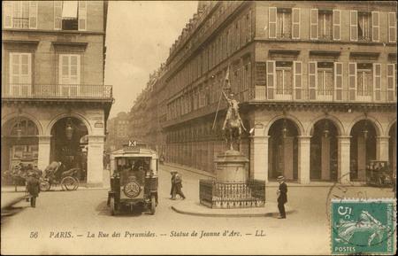Paris, La Rue des Pyramides, Statue de Jeanne d'Arc