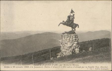 Statue de Jeanne d'Arc, par Mathurin Moreau, Edifiée le 19 septembre 1909 …