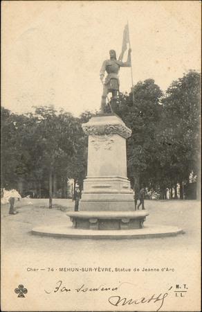 Cher, Mehun-sur-Yèvre, Statue de Jeanne d'Arc