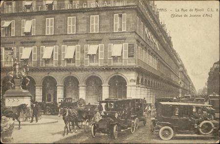 Paris, La Rue de Rivoli (Statue de Jeanne d'Arc)
