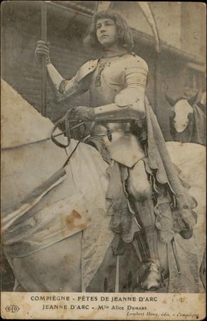 Compiègne, Fête de Jeanne d'Arc, Jeanne d'Arc, Mlle Alice Dumars