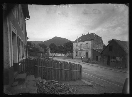 Moussey - Place de la mairie et postes