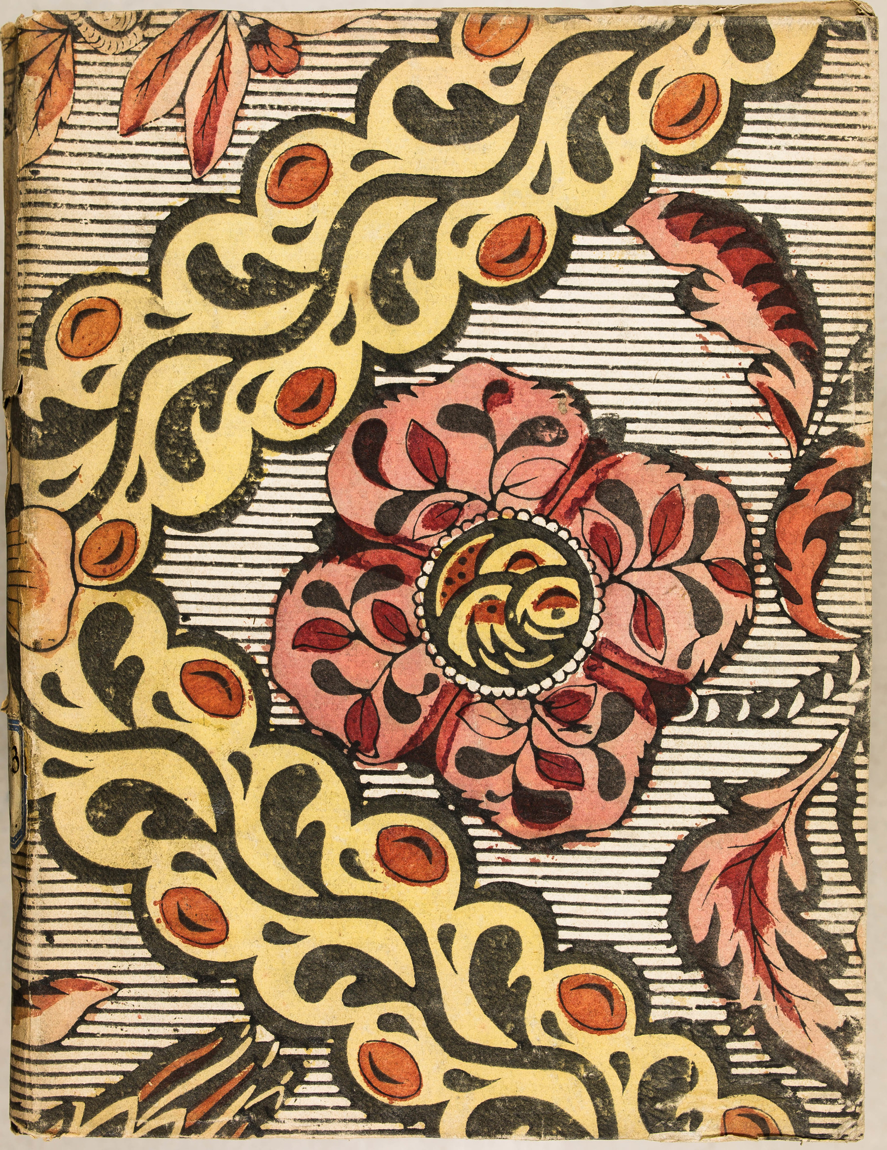 Contenu du Papier dominoté à décor floral