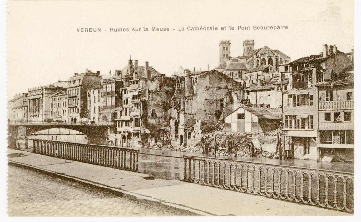 Contenu du Verdun. Ruines sur la Meuse : la Cathédrale et le Pont Beaurepaire