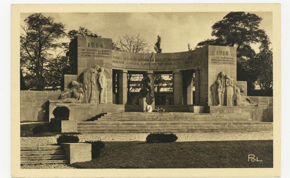 Contenu du Monument aux Morts de Reims