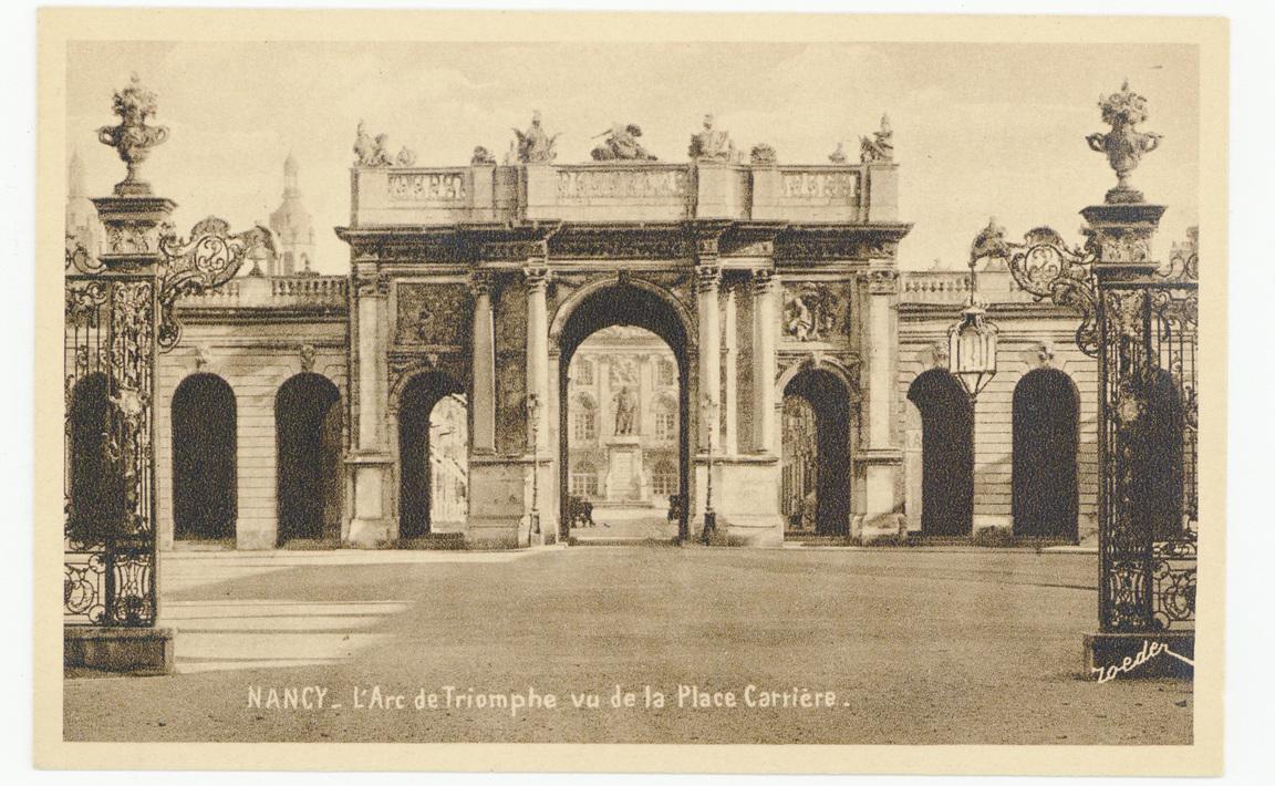 Contenu du Nancy - L'Arc de Triomphe vu de la Place Carrière