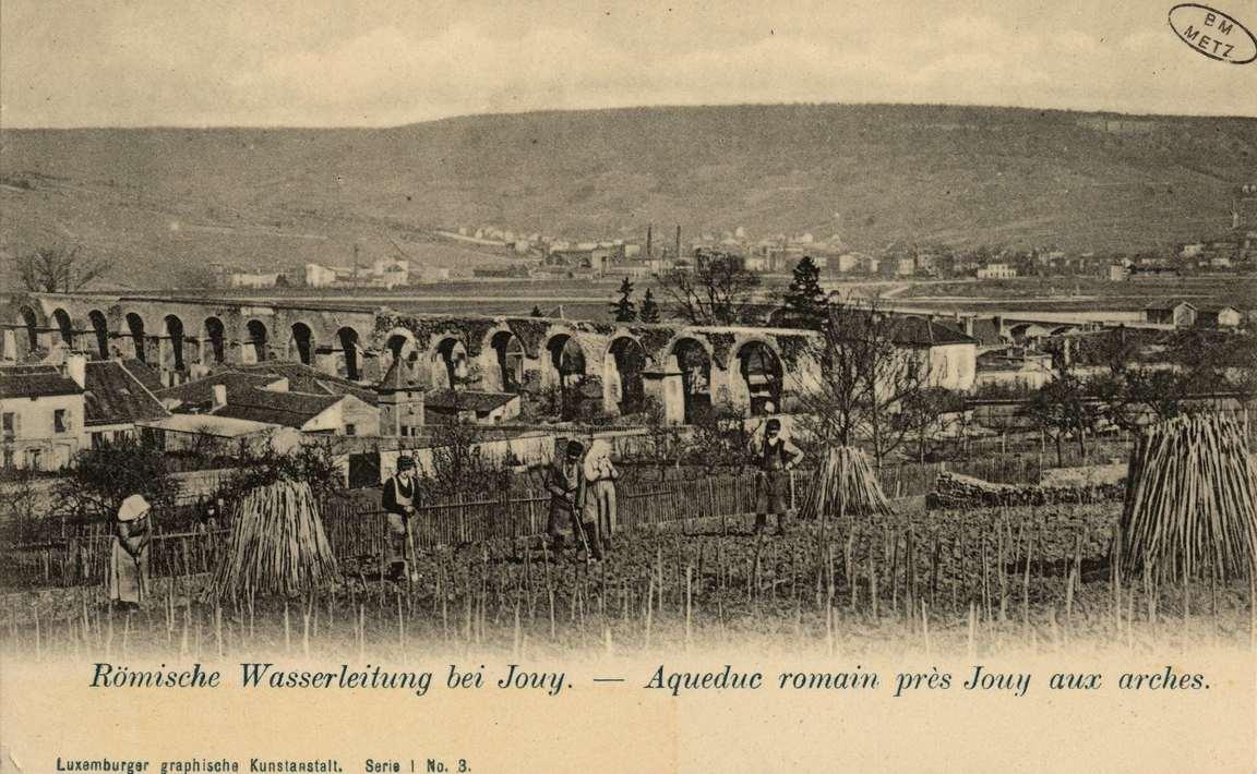 Contenu du Römische Wasserleitung bei Jouy- Aqueduc romain près Jouy aux arches