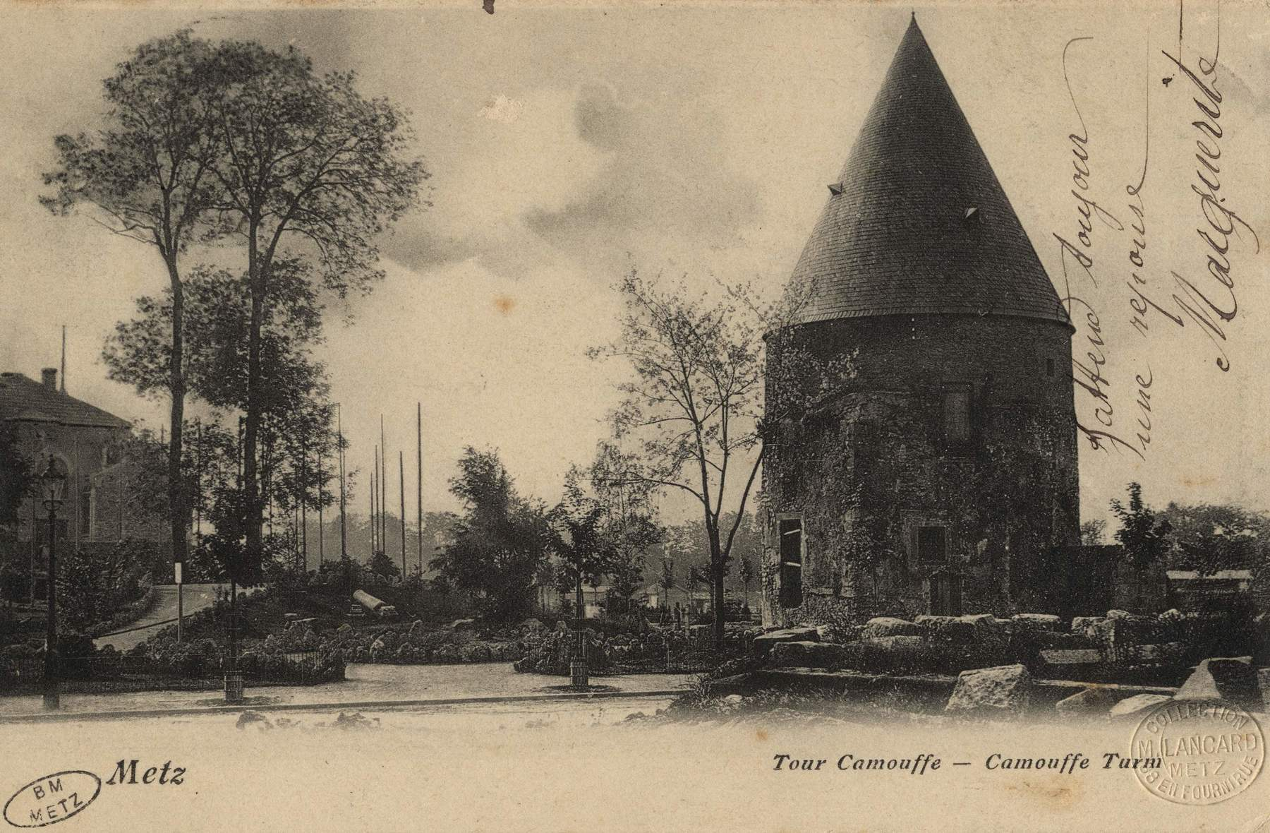Contenu du La tour Camoufle