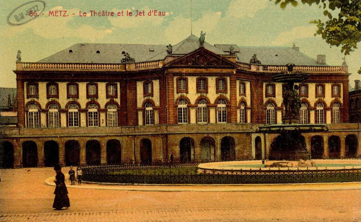 Contenu du Metz. Le Théâtre et le Jet d'Eau
